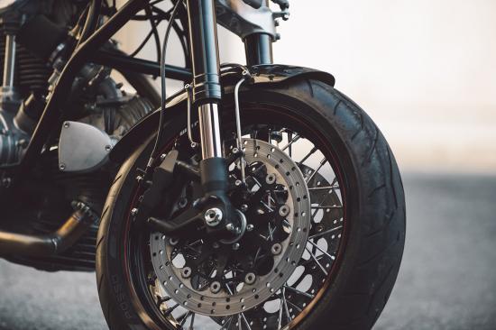 """""""Hắc Mã"""" Ducati 860 Café Racer hí vang sau giấc ngủ dài-ảnh12"""