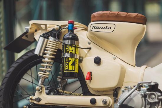 Honda Cub độ máy NOS siêu khủng anh-6