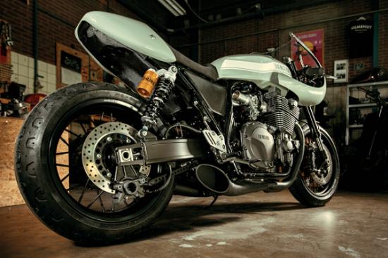 Yamaha XJR1300 café racerA7