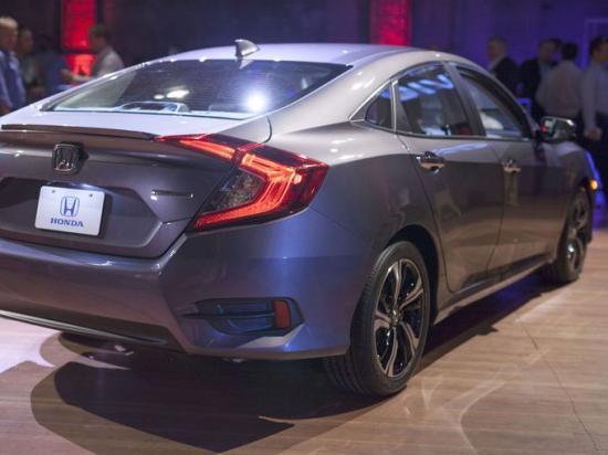 Honda Civic 2016 5