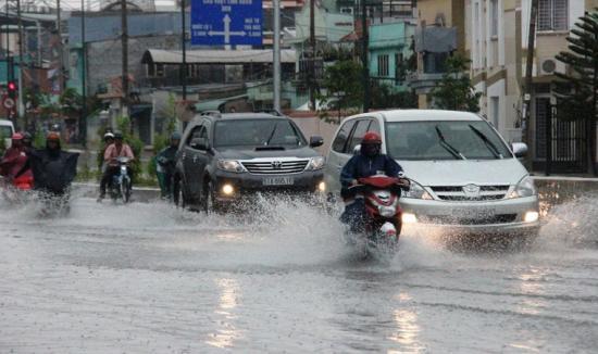 ô tô ngập nước 3