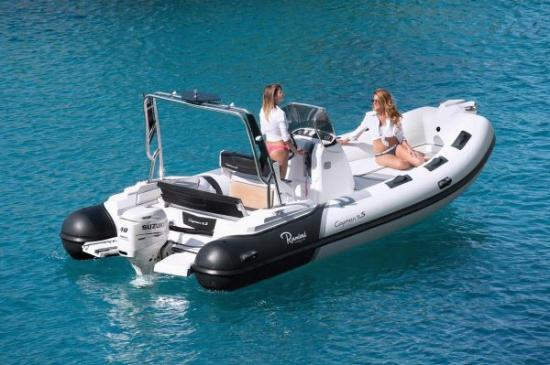 Du thuyền Cayman 19 Sport 3