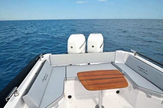 Du thuyền Cayman 31 Sport Touring 5