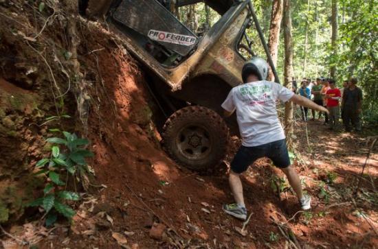 Đua xe ô tô RFC Vietnam 2015 11