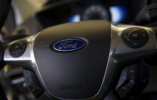 """Hãng xe Ford cũng """"tẩy chay"""" túi khí Takata"""