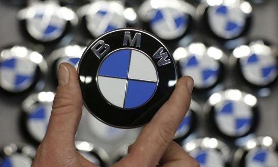 Hãng xe BMW vượt hãng xe Mercedes