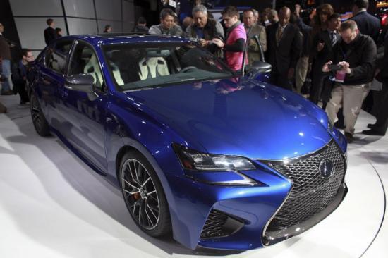 xe Lexus giá trị bán lại cao