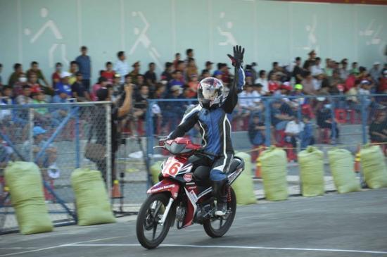 Giải đua xe máy Bình Dương10