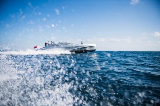 Du thuyền Mercedes Arrow460-Granturismo 4