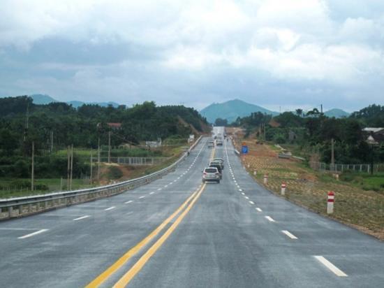 Cao tốc Yên Bái - Lào Cai