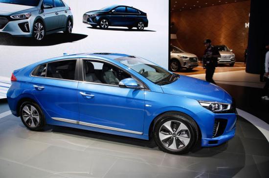 Xe tự lái Hyundai Ioniq 1
