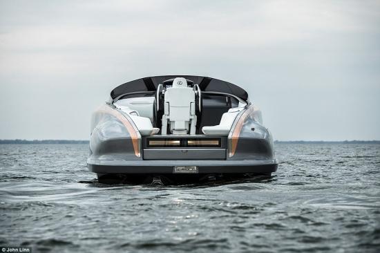 Xuồng máy Lexus 4