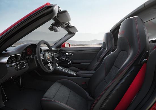 Xe Porsche 911 GTS 2017 9