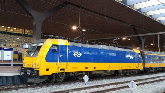 Đường sắt Hà Lan chính thức chạy bằng năng lượng từ gió