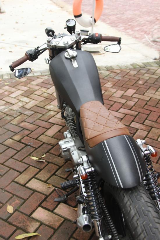 Xe độ Honda CBT125 Cafe Racer 10