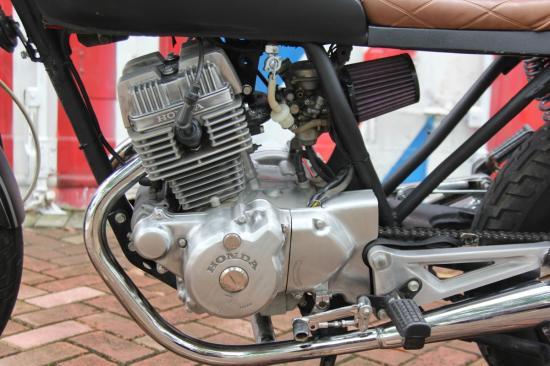 Xe độ Honda CBT125 Cafe Racer 15
