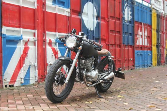 Xe độ Honda CBT125 Cafe Racer 4