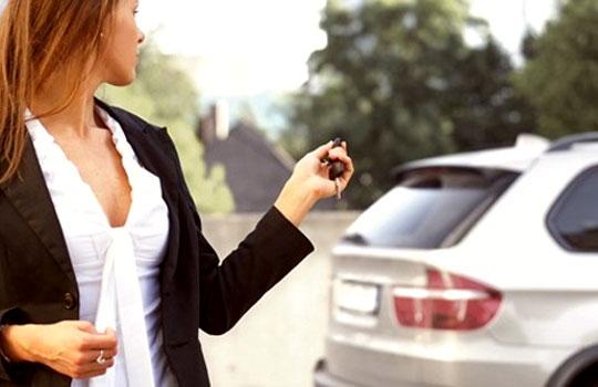 Kinh nghiệm lái ô tô cho phụ nữ 2