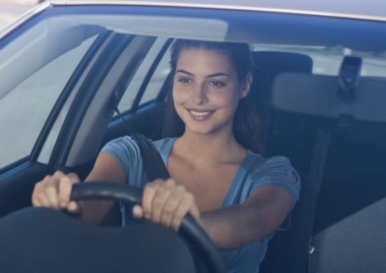 Kinh nghiệm lái ô tô cho phụ nữ 3