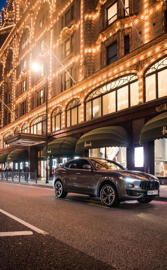 Xe Maserati – Đẳng cấp của sự xa xỉ 10