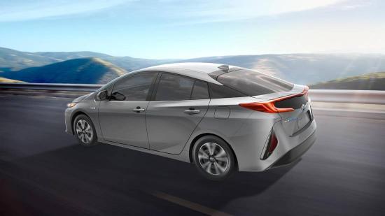 Xe Toyota Prius Prime