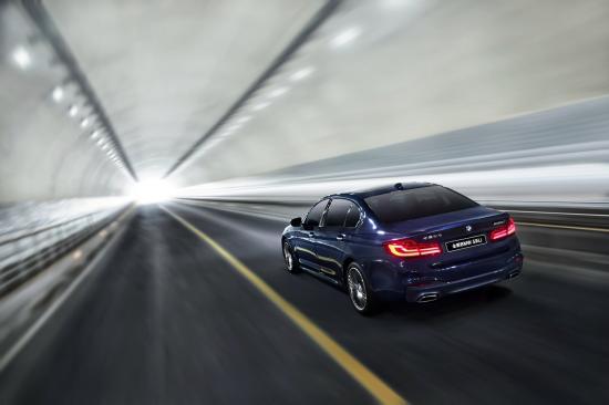 BMW đánh bại Audi, Mercedes tại thị trường lớn nhất thế giới1