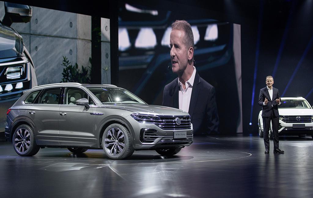 Trinh-lang-SUV-Touareg-2019-cong-nghe-moi-nhat-cua-Volkswagen-anh-1