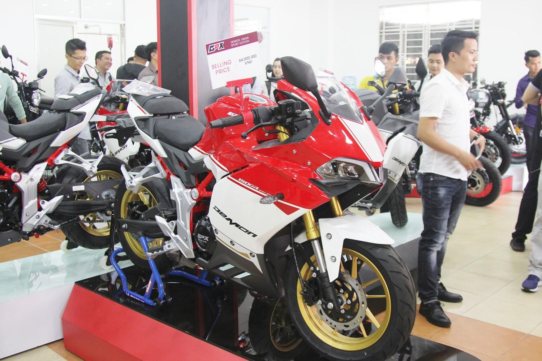 Khai-truong-showroom-mo-to-Thai-Lan-GPX-Racing-dau-tien-tai-Sai-Gon-anh-1