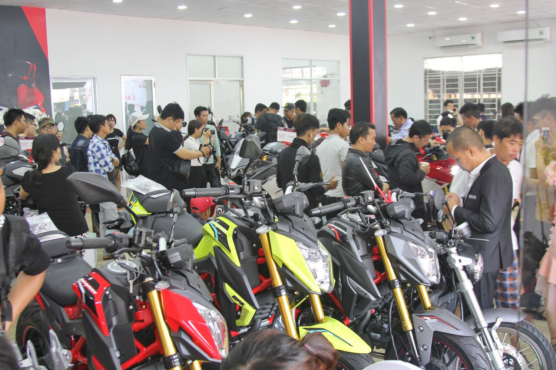 Khai-truong-showroom-mo-to-Thai-Lan-GPX-Racing-dau-tien-tai-Sai-Gon-anh-2