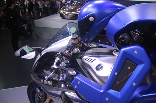 motobot-anh4