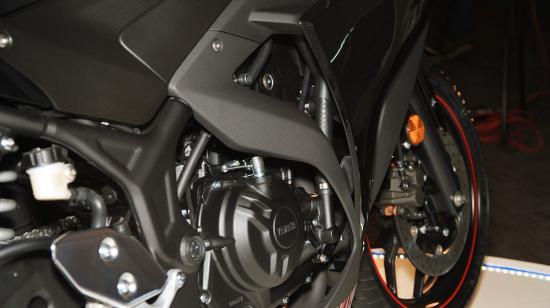Yamaha R3 6