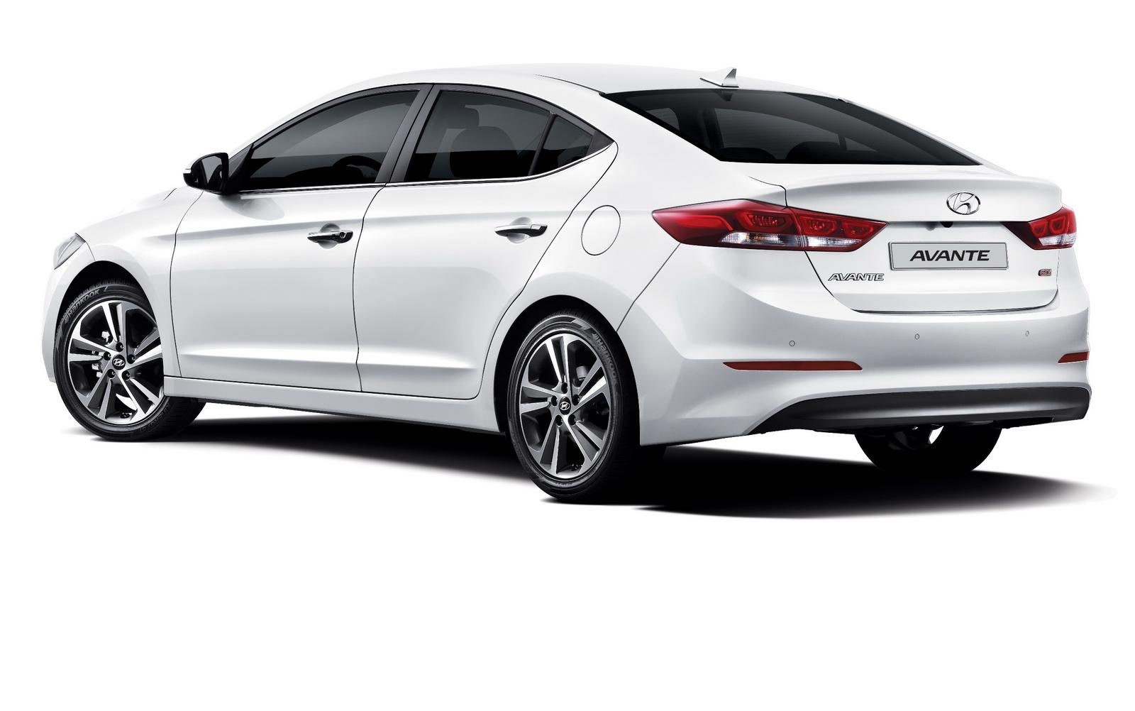 Hyundai Elantra5