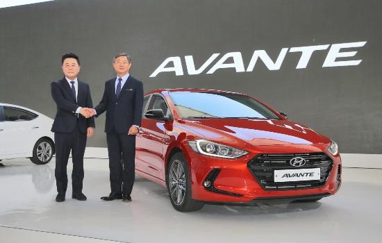 Hyundai Elantra hoàn toàn mới ra mắt tại Hàn Quốc
