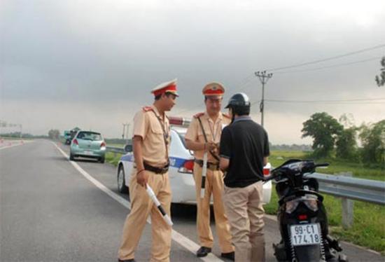 tăng nặng mức xử phạt vi phạm giao thông