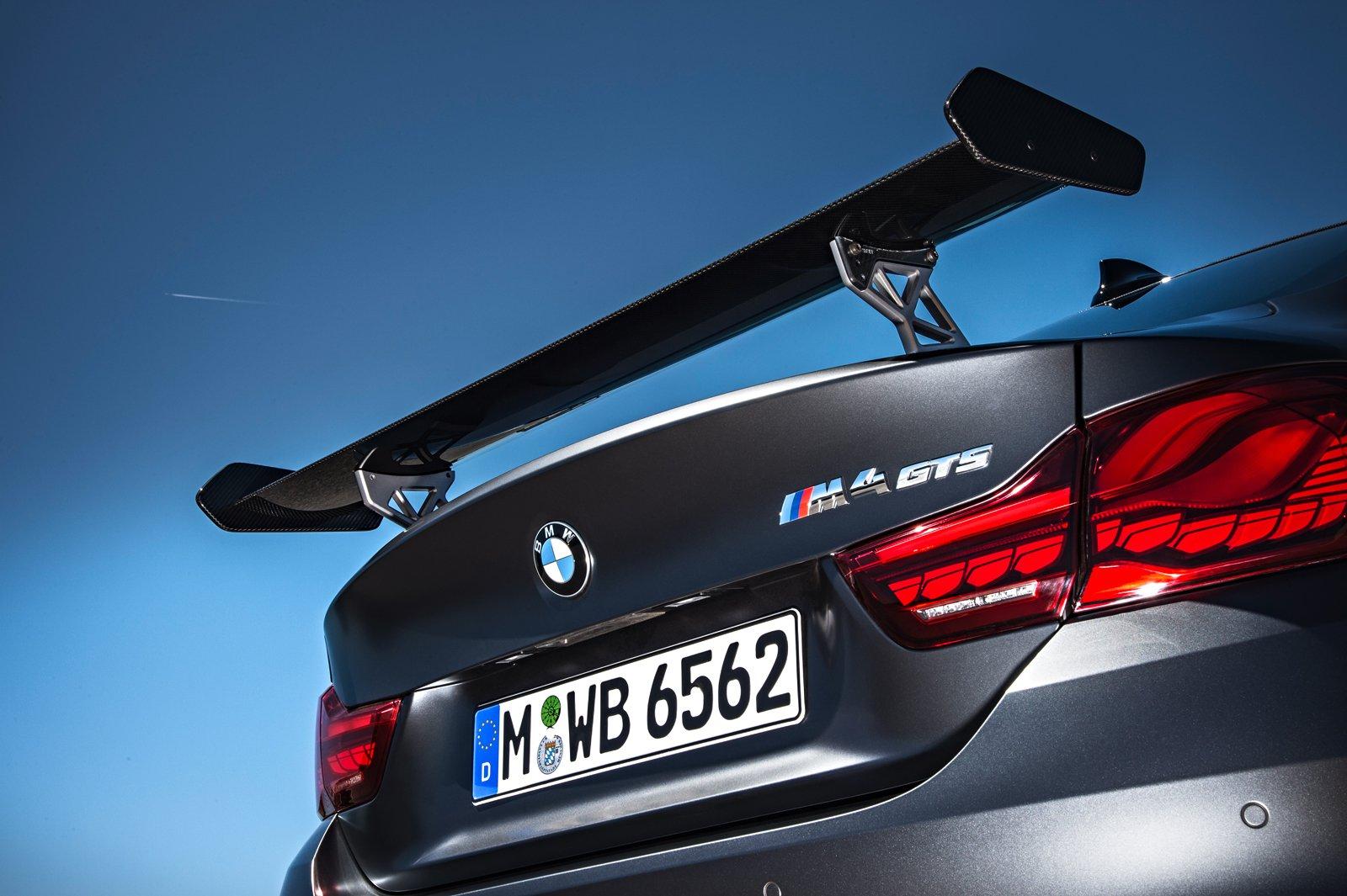 BMW M4 GTS 2016 8