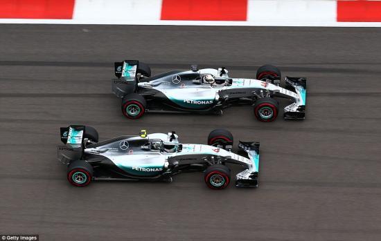Mercedes-AMG vô địch F1 2015 6