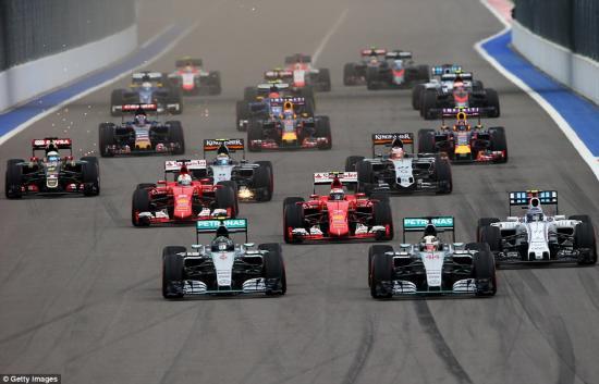 Mercedes-AMG vô địch F1 2015 8