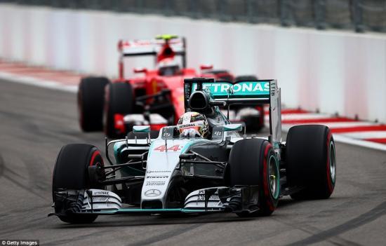 Mercedes-AMG vô địch F1 2015 2