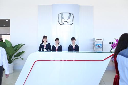Honda ô tô Bình Dương 2