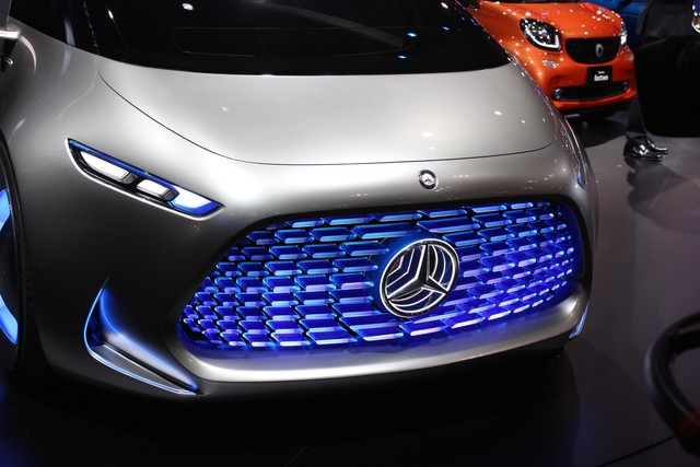 Xe Minivan Mercedes tại Triển lãm tokyo motor show 2015  8