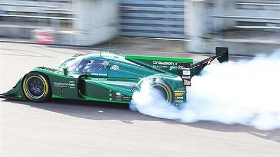 Ô tô điện siêu tốc 6