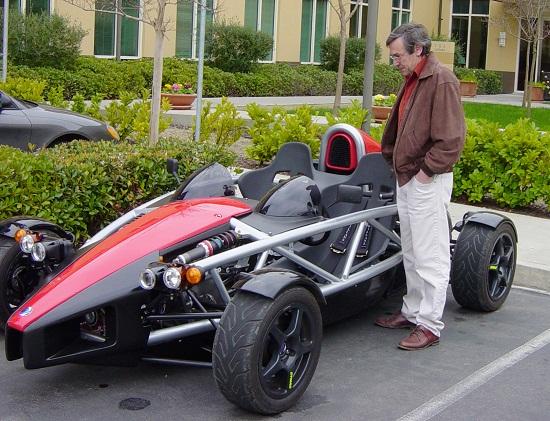 Ô tô điện siêu tốc 10