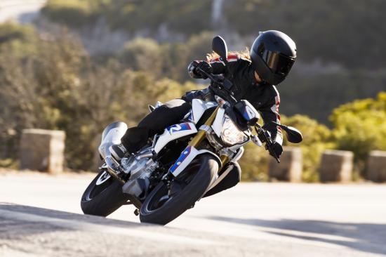 Naked bike giá rẻ BMW G310R 10
