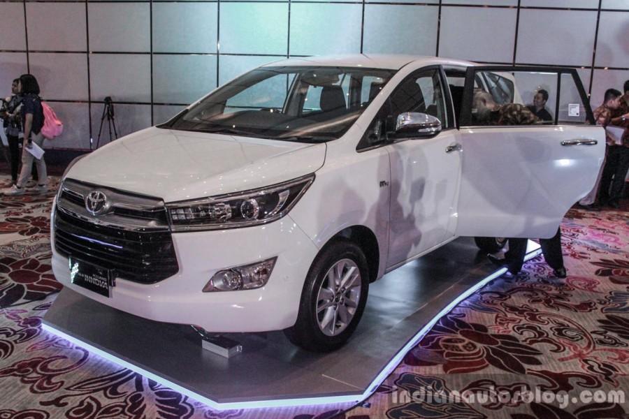 Toyota Innova 2016 đắt khách 2