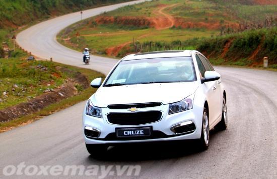 Chevrolet Cruze 2015 giá rẻ chất lượng cạnh tranh 10