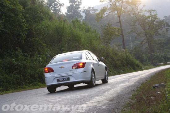 Chevrolet Cruze 2015 giá rẻ chất lượng cạnh tranh 2