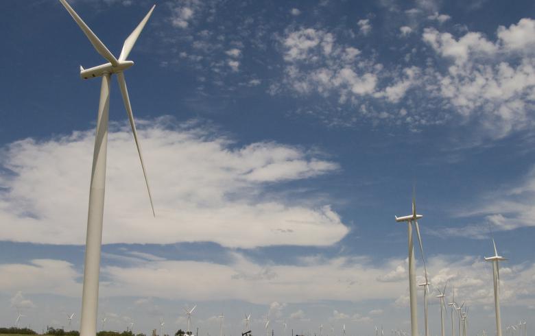 GM mua năng lượng gió phát triển SUV cỡ lớn