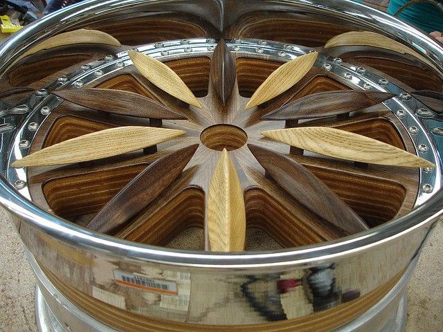 Ô tô làm bằng gỗ 9