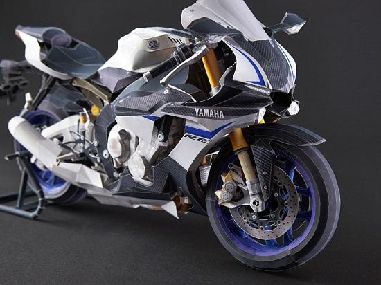 Yamaha YZF-R1M bằng giấy