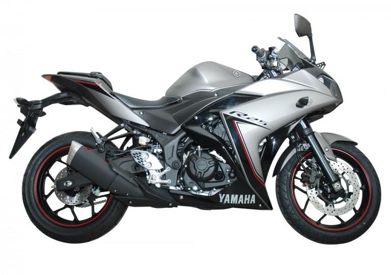 Yamaha R25 ABS 2016  a2
